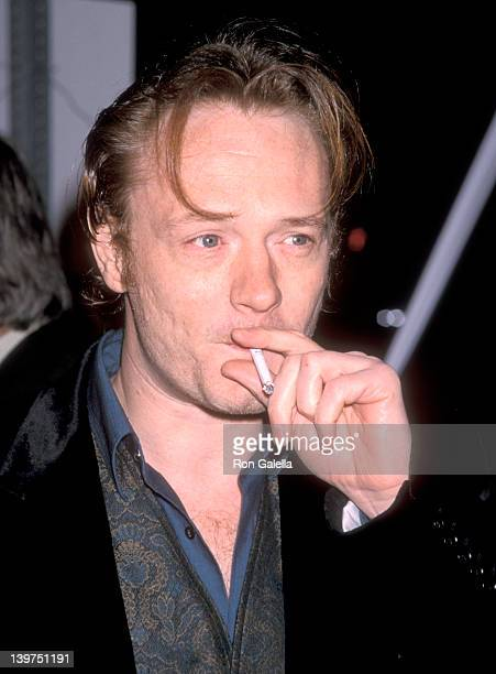 Actor Jared Harris attends the 'Lost in Space' Hollywood Premiere on March 29 1998 at Pacific's Cinerama Dome in Hollywood California