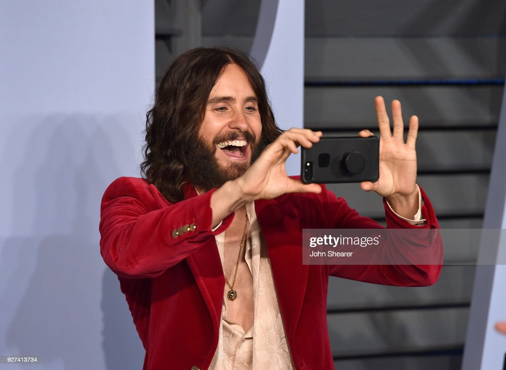 Actor Jared Leto attends the 2018 Vanity Fair Oscar Party hosted by Radhika Jones at Wallis Annenberg Center for the Performing Arts on March 4, 2018 in Beverly Hills, California.