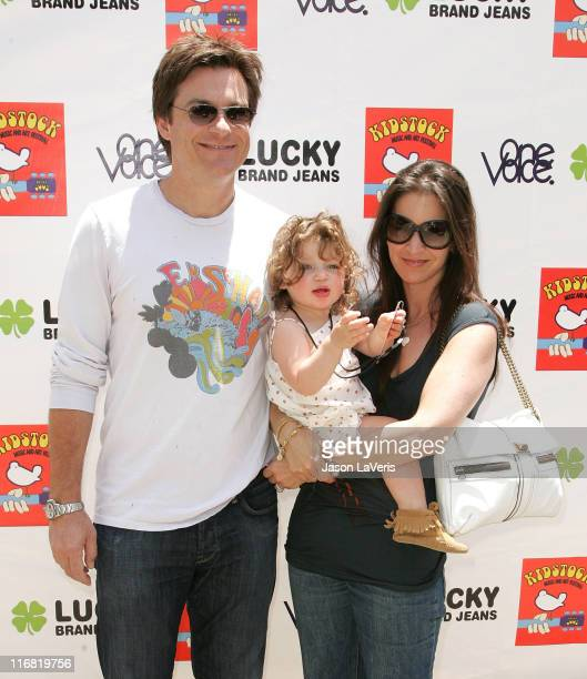 Actor Jason Bateman Amanda Anka and their daughter Francesca Nora Bateman attend the Second Annual Kidstock Music and Art Festival on June 1 2008 in...