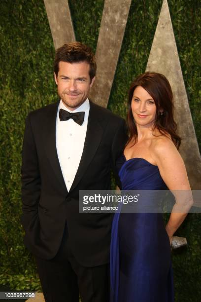 Actor Jason Bateman and Amana Anka arrive at the Vanity Fair Oscar Party at Sunset Tower in West Hollywood Los Angeles USA on 24 February 2013 Photo...