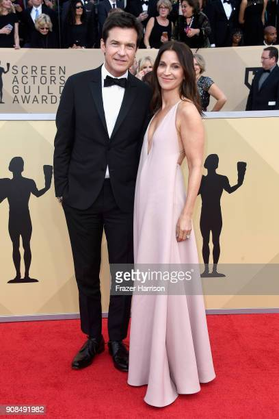 Actor Jason Bateman and Amanda Anka attend the 24th Annual Screen Actors Guild Awards at The Shrine Auditorium on January 21 2018 in Los Angeles...