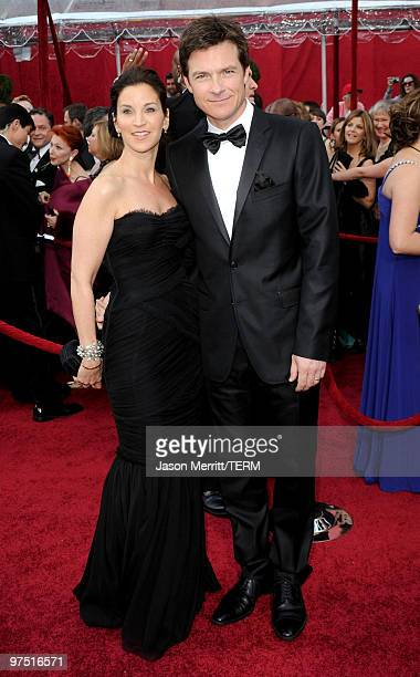 Actor Jason Bateman and wife Amanda Anka arrive at the 82nd Annual Academy Awards held at Kodak Theatre on March 7 2010 in Hollywood California