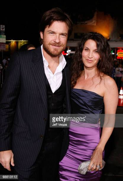 Actor Jason Bateman and wife Amanda Anka arrive at the Los Angeles premiere of Up In The Air at Mann Village Theatre on November 30 2009 in Westwood...