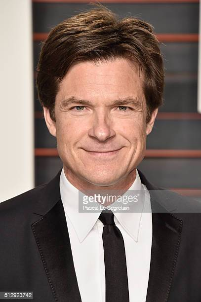Actor Jason Bateman attends the 2016 Vanity Fair Oscar Party Hosted By Graydon Carter at the Wallis Annenberg Center for the Performing Arts on...