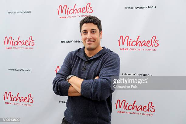 Actor Jason Biggs behind the scenes of Making with Michaels on November 1 2016 in Los Angeles California