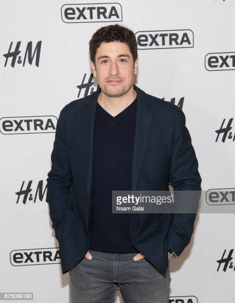 Actor Jason Biggs visits 'Extra' at HM Times Square on November 16 2017 in New York City