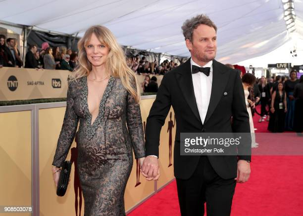 Actor Jason Clarke and Cecile Breccia attend the 24th Annual Screen Actors Guild Awards at The Shrine Auditorium on January 21 2018 in Los Angeles...