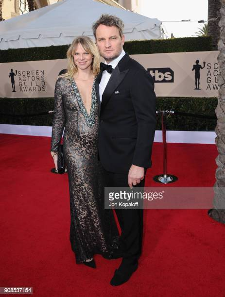Actor Jason Clarke and Cecile Breccia attends the 24th Annual Screen Actors Guild Awards at The Shrine Auditorium on January 21 2018 in Los Angeles...