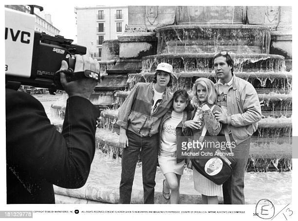 Actor Jason Lively actress Dana Hill actress Beverly D'Angelo and actor Chevy Chase on set of the Warner Bros movie National Lampoon's European...