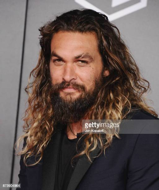 Actor Jason Momoa attends the Los Angeles Premiere of Warner Bros Pictures' 'Justice League' at Dolby Theatre on November 13 2017 in Hollywood...
