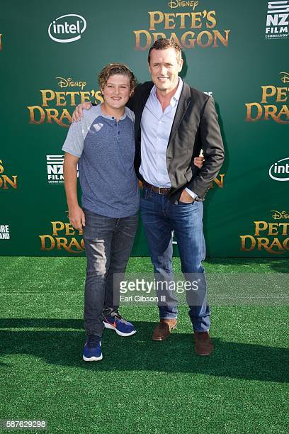 Actor Jason O'Mara and son David O'Mara attend the premiere of Disney's Pete's Dragon at the El Capitan Theatre on August 8 2016 in Hollywood...