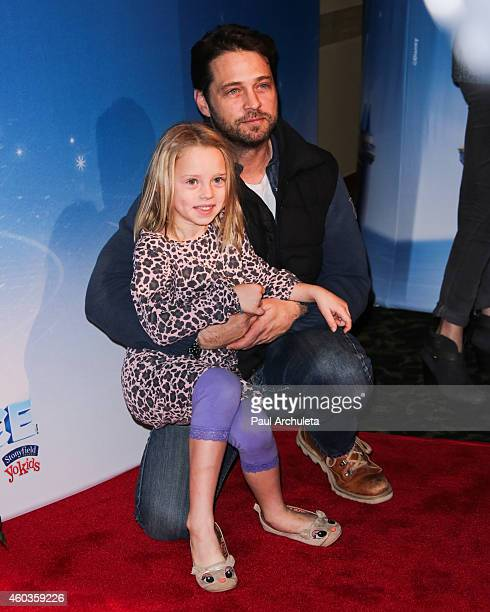Actor Jason Priestley and His Daughter Ava Priestley attend Disney On Ice Let's Celebrate at Staples Center on December 11 2014 in Los Angeles...