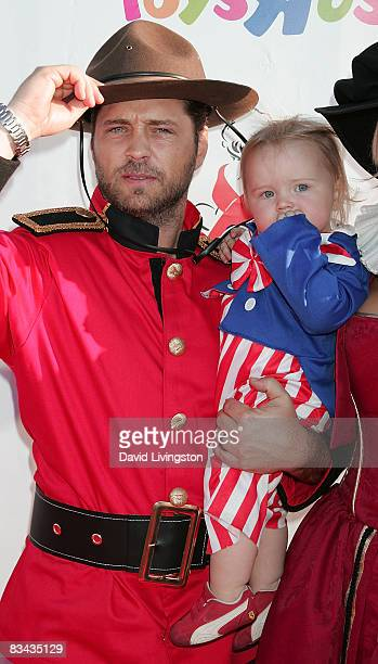 Actor Jason Priestley and his daughter Ava Priestley attend the AIDS Foundation's 15th annual Dream Halloween benefit at Barker Hanger on October 25...