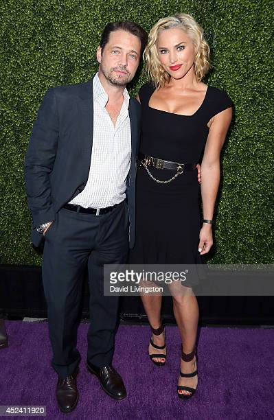 Actor Jason Priestley and wife Naomi LowdePriestley attend the HollyRod Foundation's 16th Annual DesignCare at The Lot Studios on July 19 2014 in Los...