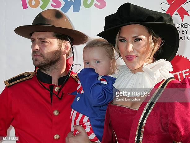 Actor Jason Priestley his daughter Ava Priestley and wife Naomi LowdePriestley attend the AIDS Foundation's 15th annual Dream Halloween benefit at...