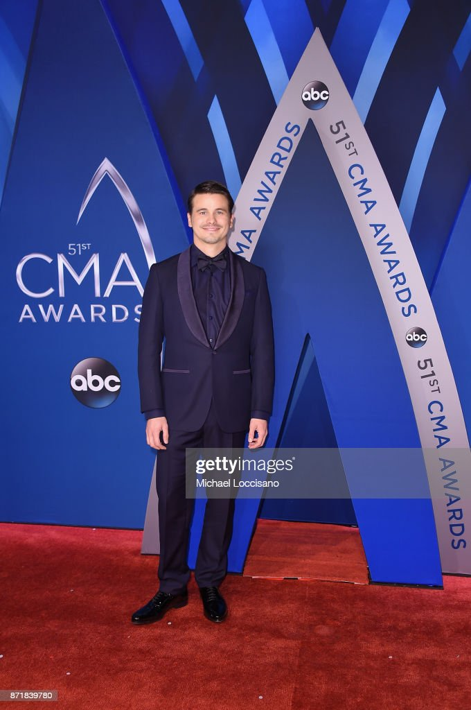 Actor Jason Ritter attends the 51st annual CMA Awards at the Bridgestone Arena on November 8, 2017 in Nashville, Tennessee.