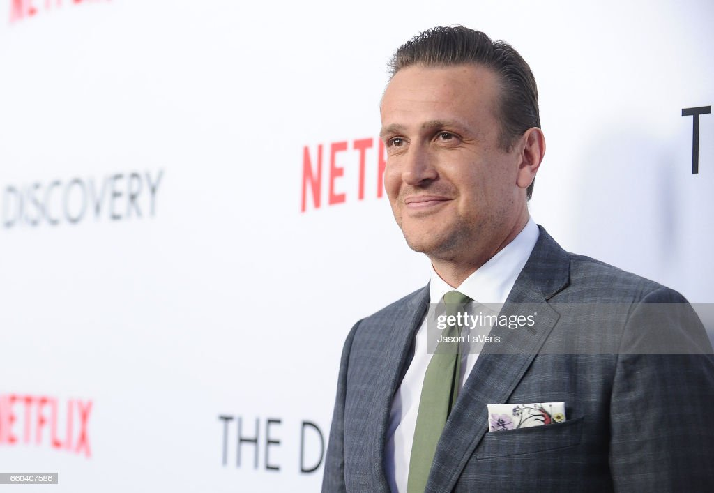 """Premiere Of Netflix's """"The Discovery"""" - Arrivals : Nieuwsfoto's"""