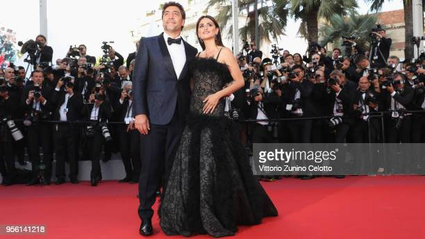 Actor Javier Bardem and actress Penelope Cruz wearing jewels by Atelier Swarovski Fine Jewelry attend the screening of Everybody Knows and the...