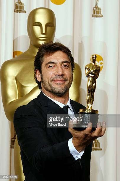 TELECAST*** Actor Javier Bardem winner of the Performance By An Actor In A Supporting Role award for No Country for Old Men poses in the press room...