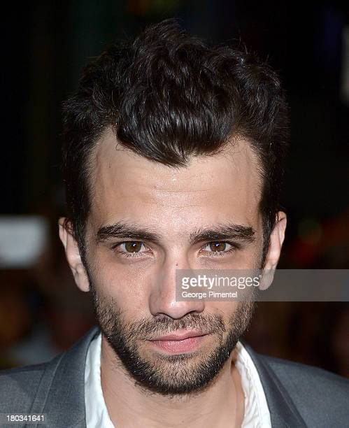Jay Baruchel to Star in FX Comedy Pilot From EP Lorne ... |Jay Baruchel