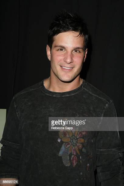 Actor Jay Jablonski arrives at the premiere of Everyone Wants to Be Italian at the Egyptian Theatre on October 1 2007 in Hollywood California