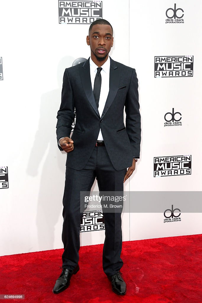 Actor Jay Pharoah attends the 2016 American Music Awards at Microsoft Theater on November 20, 2016 in Los Angeles, California.