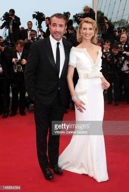 Actor Jean Dujardin and Alexandra Lamy attend the Closing Ceremony and 'Therese Desqueyroux' premiere during the 65th Annual Cannes Film Festivalon...