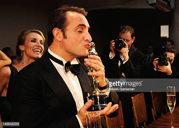 Actor Jean Dujardin winner of the Best Actor Award for 'The Artist' attends the 84th Annual Academy Awards Governors Ball held at the Hollywood...