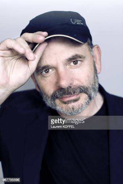 Actor Jean Pierre Darroussin portrait session in Paris in France on January 17 2009 CLEARANCE REQUIRED BEFORE ANY USAGE CONSULT GAMMA