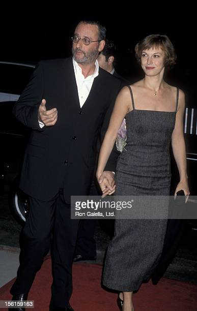Actor Jean Reno and wife Nathalie Dyszkiewicz attend the premiere of 'Godzilla' on September 23, 1998 at the Academy Theater in Beverly Hills,...