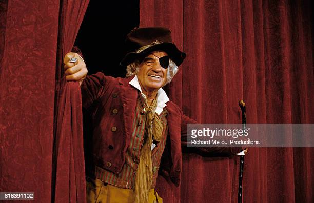 Actor JeanPaul Belmondo performing in Frederick by EricEmmanuel Schmitt