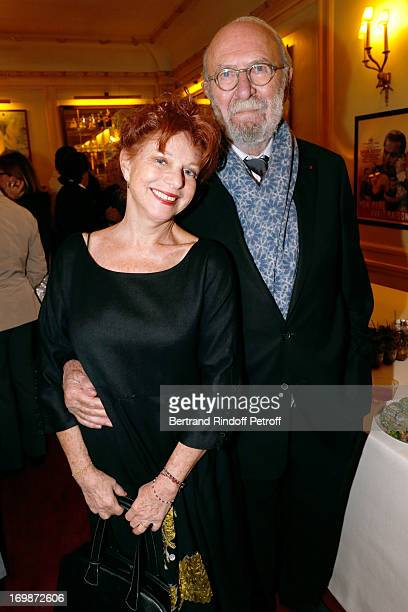 Actor JeanPierre Marielle with his wife actress Agathe Natanson attend the delivery of the medal of the Legion of Honor to actress Francoise Fabian...