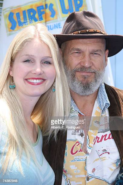 Actor Jeff Bridges and daughter Hayley arrive at the Sony Pictures premiere of ''Surfs Up'' on June 2 2007 in Los Angeles California