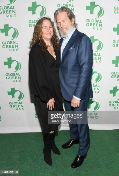 Actor Jeff Bridges and Dianna Cohen attend the 14th Annual Global Green Pre Oscar Party at TAO Hollywood on February 22 2017 in Los Angeles California