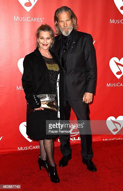 Actor Jeff Bridges and Susan Bridges attend the 25th anniversary MusiCares 2015 Person Of The Year Gala honoring Bob Dylan at the Los Angeles...