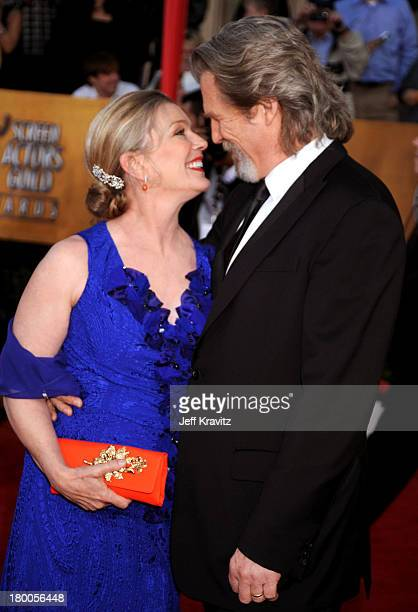 Actor Jeff Bridges and Susan Geston arrive to the 16th Annual Screen Actors Guild Awards held at The Shrine Auditorium on January 23 2010 in Los...