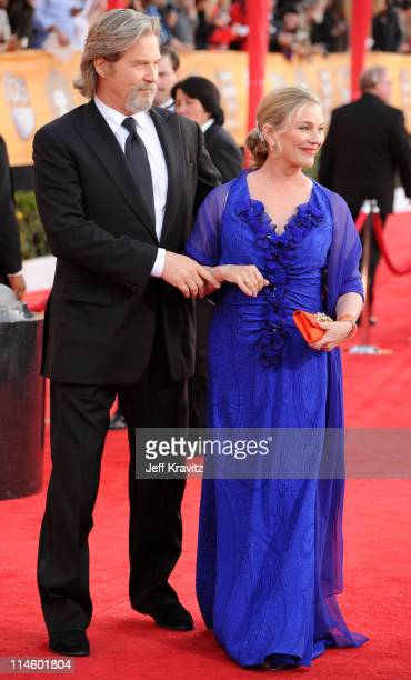 Actor Jeff Bridges and wife Susan Bridges arrive to the 16th Annual Screen Actors Guild Awards held at The Shrine Auditorium on January 23 2010 in...