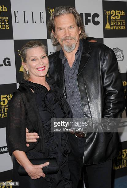 Actor Jeff Bridges and wife Susan Geston arrive at the 25th Film Independent's Spirit Awards held at Nokia Event Deck at LA Live on March 5 2010 in...