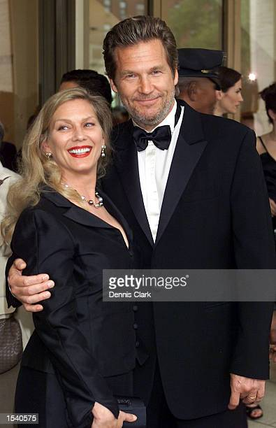 Actor Jeff Bridges and wife Susan Geston attend the Film Society of Lincoln Center Gala Tribute to Francis Ford Coppola May 8 2002 at the Avery...