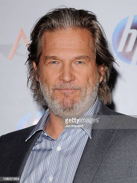 Actor Jeff Bridges arrives at the 2011 AFI Awards at The Four Seasons Hotel on January 14, 2011 in Beverly Hills, California.