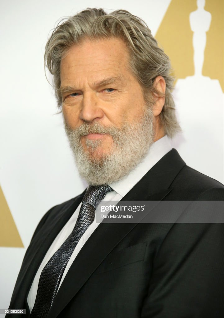 Actor Jeff Bridges arrives at the 89th Annual Academy Awards Nominee Luncheon at The Beverly Hilton Hotel on February 6, 2017 in Beverly Hills, California.