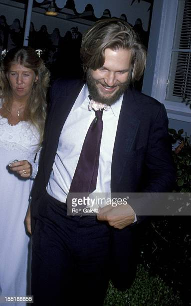 Actor Jeff Bridges attends Cindy Bridges Wedding Reception on August 31 1979 at the Bel Air Hotel in Bel Air California