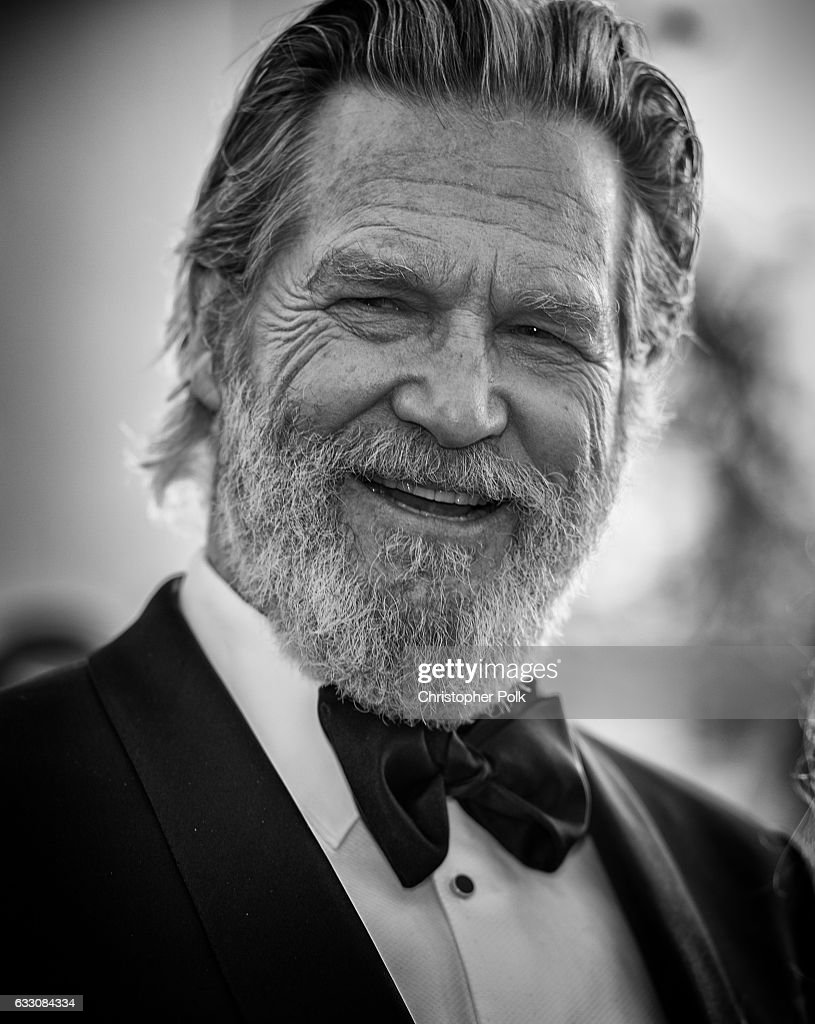 Actor Jeff Bridges attends The 23rd Annual Screen Actors Guild Awards at The Shrine Auditorium on January 29, 2017 in Los Angeles, California. 26592_012