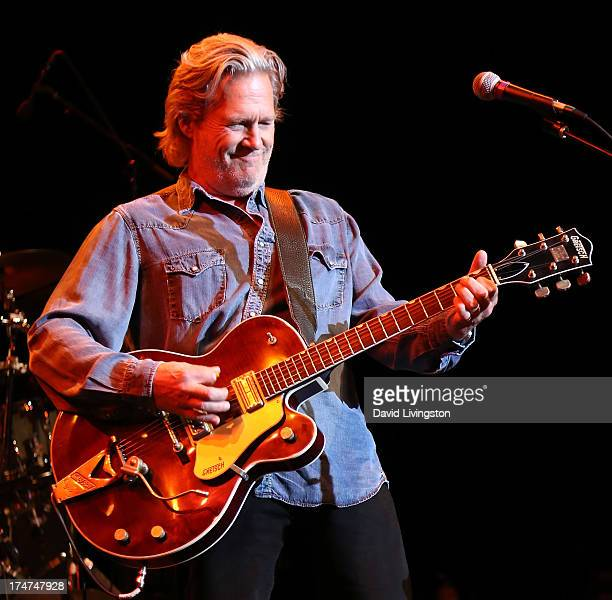 Actor Jeff Bridges of Jeff Bridges The Abiders performs on stage at the City National Grove of Anaheim on July 28 2013 in Anaheim California