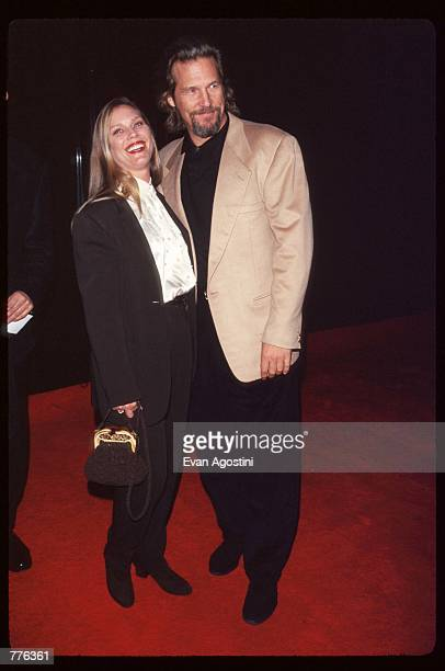 Actor Jeff Bridges stands with his wife Susan Geston at the premiere of the film 'The Mirror Has Two Faces' November 10 1996 in New York City The...