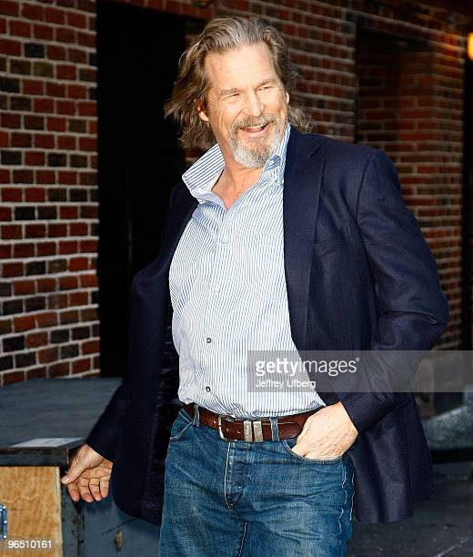 Actor Jeff Bridges visits Late Show With David Letterman at the Ed Sullivan Theater on February 8 2010 in New York City