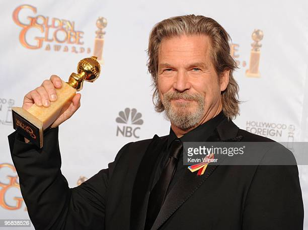 Actor Jeff Bridges winner of the Best Actor in a Motion Picture Drama poses in the press room at the 67th Annual Golden Globe Awards held at The...