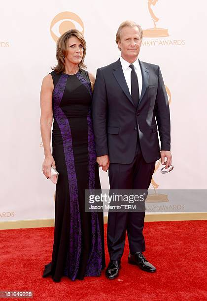 Actor Jeff Daniels and Kathleen Treado arrive at the 65th Annual Primetime Emmy Awards held at Nokia Theatre LA Live on September 22 2013 in Los...