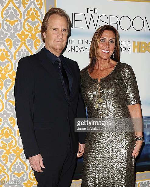 Actor Jeff Daniels and wife Kathleen Rosemary Treado attend the premiere of The Newsroom at DGA Theater on November 4 2014 in Los Angeles California