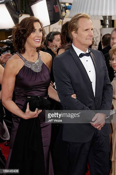 Actor Jeff Daniels and wife Kathleen Treado arrive at the 70th Annual Golden Globe Awards held at The Beverly Hilton Hotel on January 13 2013 in...